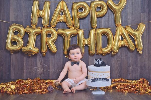 photo-bebe-1-an-anniversaire-gateau-smash-the-cake-happy-birthday-bordeaux-11