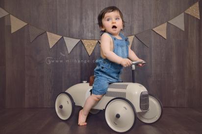 photo-bebe-1-an-anniversaire-gateau-smash-the-cake-happy-birthday-bordeaux-8