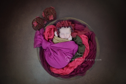Photo-bebe-bordeaux-gironde-photographe-posing-artistique-papillon-7
