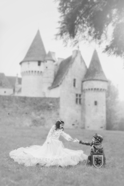 photo-enfant-cheval-feerie-conte-chateau-bridoire-dordogne-9