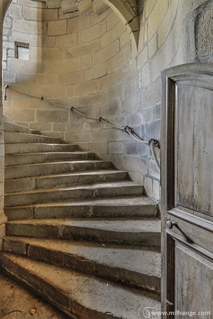 photo-urbex-chateau-abandonne-manoir-de-satyre-6
