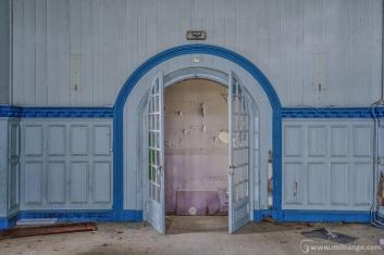 photo-urbex-chateau-bollywood-abandonne-2