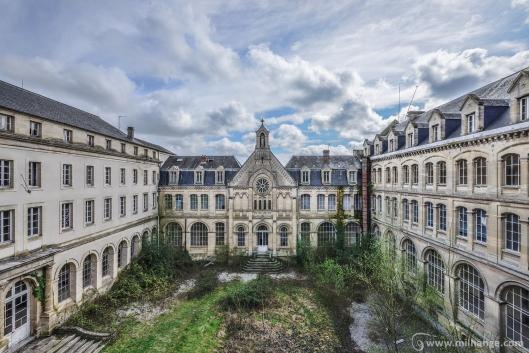 photo-urbex-hotel-du-paradis-abandonne-2