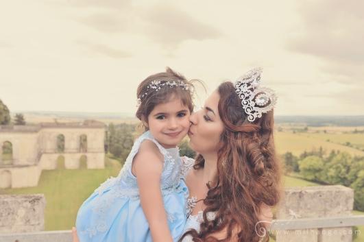 Photo-chateau-mere-fille-robe-princesse-reine-milhange-bordeaux-19