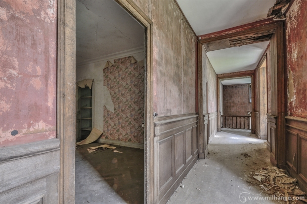 photo-urbex-chateau-abandonne-manoir-aux-mimosas-11