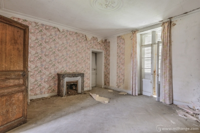 photo-urbex-chateau-abandonne-manoir-aux-mimosas-12
