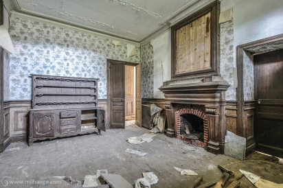 photo-urbex-chateau-abandonne-manoir-aux-mimosas-5