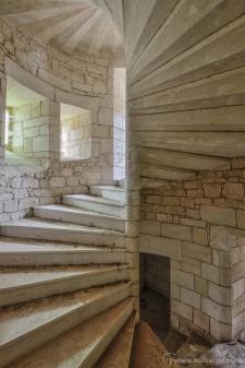 photo-urbex-chateau-du-roi-de-pique-decay-abandoned-castle-12