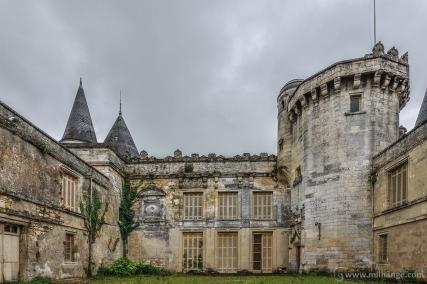 photo-urbex-chateau-du-roi-de-pique-decay-abandoned-castle-13