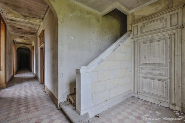 photo-urbex-chateau-du-roi-de-pique-decay-abandoned-castle-9