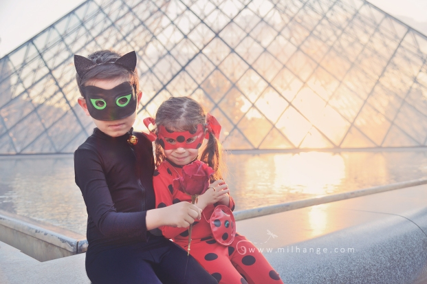 mirculous-ladybug-chatnoir-marinette-paris-louvre-super-heros-photographe-bordeaux-14