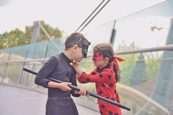 mirculous-ladybug-chatnoir-marinette-paris-louvre-super-heros-photographe-bordeaux-9