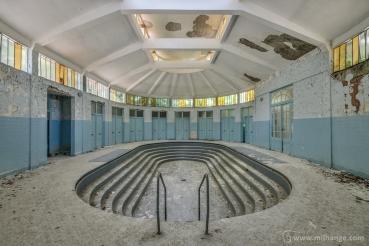 photo-urbex-thermes-bleus-abandonnes