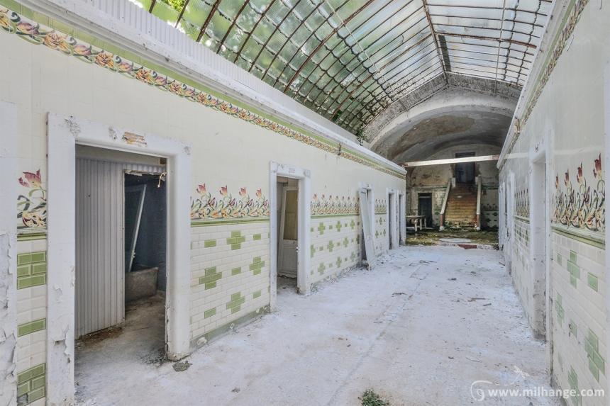 photo-urbex-thermes-verts-abandonnes-5