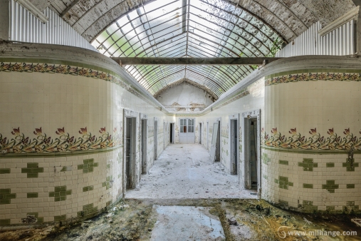 photo-urbex-thermes-verts-abandonnes-7