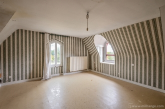 photo-urbex-manoir-des-lys-abandonne-3