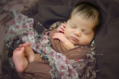 photo-bebe-newborn-naissance-bordeaux-saint-andre-de-cubzac-2