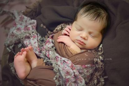 photo-bebe-newborn-naissance-bordeaux-saint-andre-de-cubzac-2