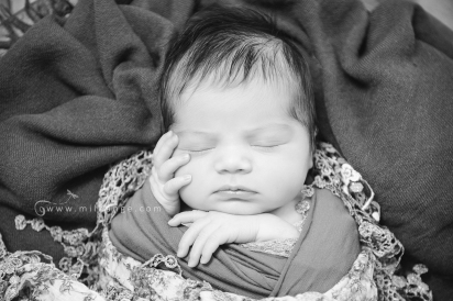 photo-bebe-newborn-naissance-bordeaux-saint-andre-de-cubzac-3