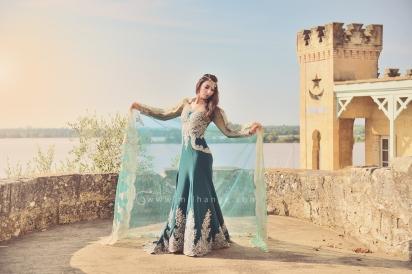 photo-robe-orientale-caftan-negafa-bordeaux-3