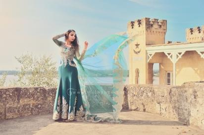 photo-robe-orientale-caftan-negafa-bordeaux
