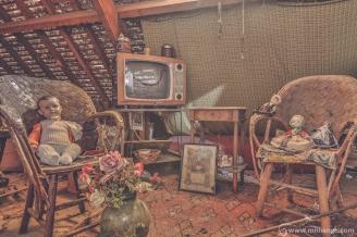 photo-urbex-maison-expert-maison-aux-poupees-9