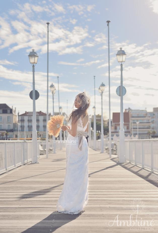 robe-location-bordeaux-mariée-fourreau-dentelle-chic-hikari-1