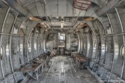 photo-urbex-avion-armee-marine-militaire-10