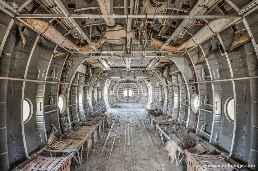 photo-urbex-avion-armee-marine-militaire-11