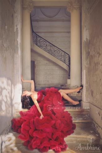 photo-urbex-modele-chateau-eclipse-robe-andalouse-ambrine-collection