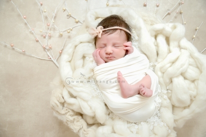 photo-naissance-bebe-newborn-bordeaux-gironde-10