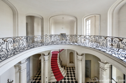 chateau-tapis-rouge (1)