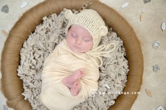 photo-nouveau-ne-naissance-bebe-maternite-bordeaux-gironde-4