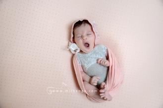 photo-nouveau-ne-naissance-bebe-maternite-bordeaux-gironde-8