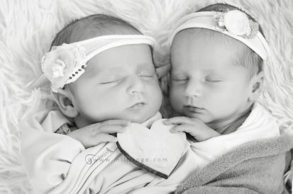 photo-naissance-jumelles-jumeaux-bebes-twins-newborn-bordeaux-6