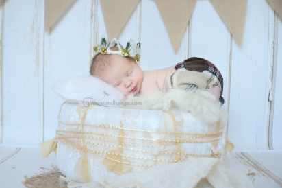 photographe-bebe-naissance-domicile-bordeaux-saint-andre-de-cubzac-2