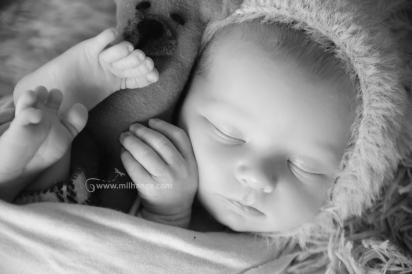 photographe-bebe-naissance-domicile-bordeaux-saint-andre-de-cubzac-5