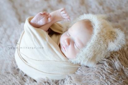 photographe-bebe-naissance-domicile-bordeaux-saint-andre-de-cubzac-9